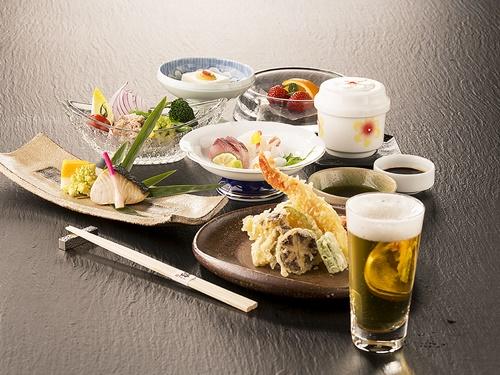 【1泊2食付き】ホテル最上階で愉しめる和食ディナー付き~ホテルで寛ぎのひとときを~