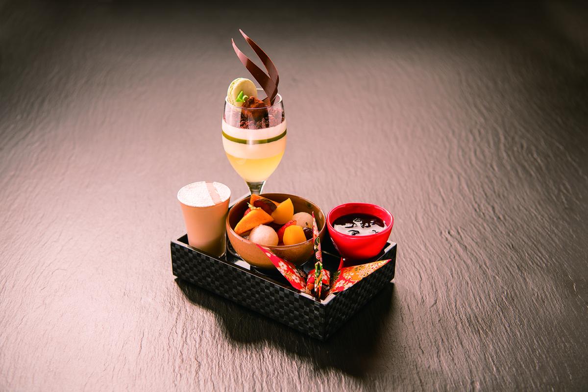 お部屋でホテルパティシエ特製 ≪季節のパフェ付きプラン≫ 朝食付き