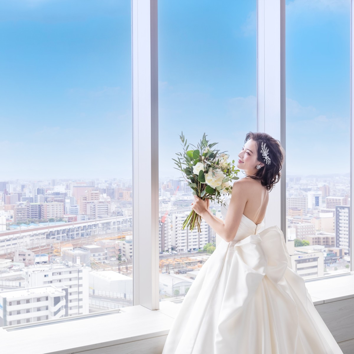 【10/30 2組限定】憧れのドレス試着×本番会場見学×贅沢試食付フェア